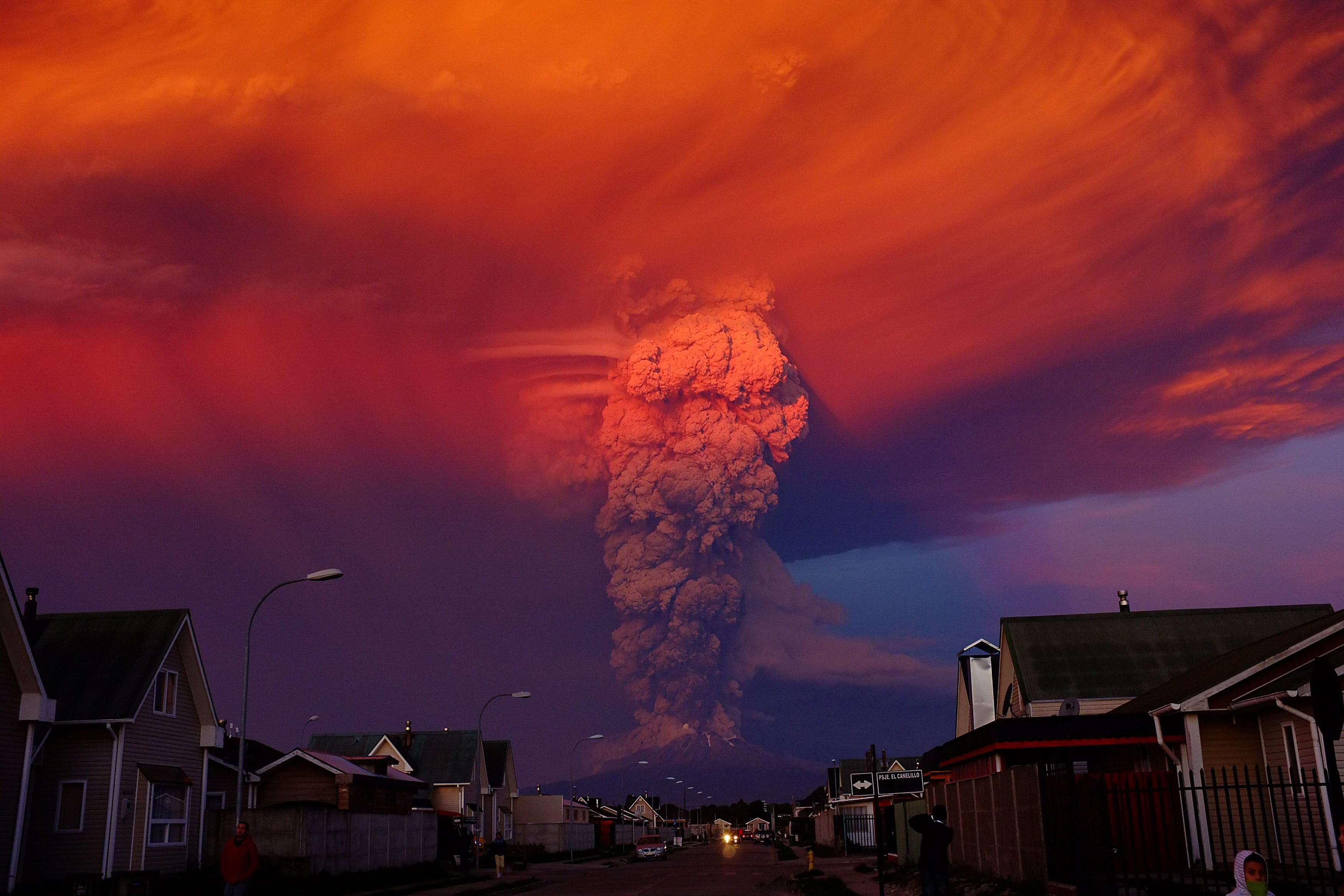 Alex Vidal Brecas—EPA The Chilean Calbuco volcano seen from Puerto Montt, located 600 miles south of Santiago de Chile, Chile on April 22, 2015.