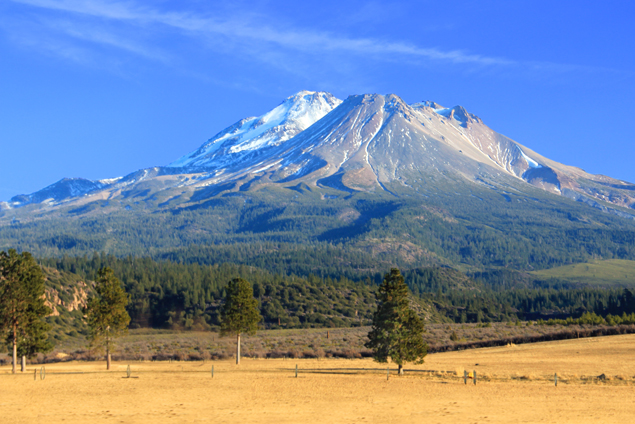 """Mount Shasta Farm"" by Ricraider - Own work. Licensed under CC BY-SA 4.0 via Wikimedia Commons - https://commons.wikimedia.org/wiki/File:Mount_Shasta_Farm.jpg#/media/File:Mount_Shasta_Farm.jpg"